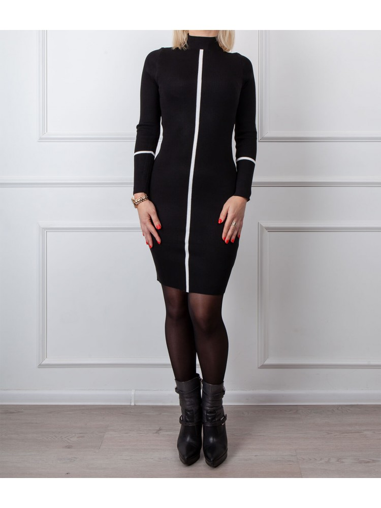 Moteriška juoda laisvalaikio suknelė LEN17